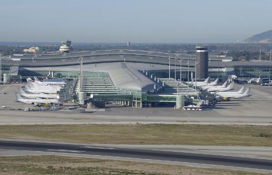 הסעות מנמל התעופה בברצלונה   city ride - שירותי הסעות בכל מקום בעולם