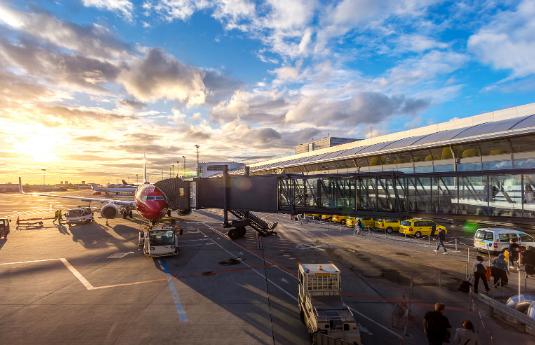 העברות משדה התעופה, מוניות והסעות בכל מקום בעולם | CityRide