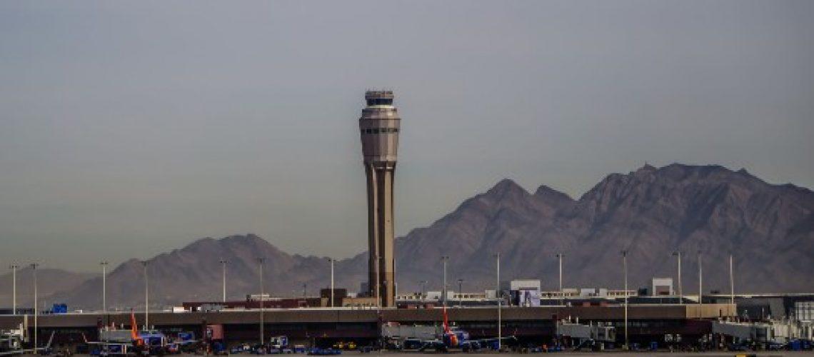 הסעות מנמל התעופה הבינלאומי מקארן, העברות בלאס ווגאס   city ride - שירותי הסעות בכל מקום בעולם
